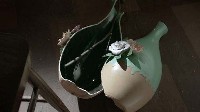 Fewikwik Hassi Brothers- Vase